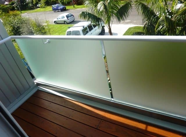 Acid Etch Glass Balustrade